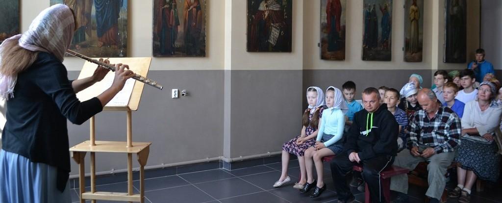 Концерт флейтовой музыки прошёл в монастыре